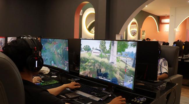 Game thủ Nha Trang chơi game eSports nào tại HERO Gaming?