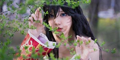 LMHT: Ngẩn ngơ với vẻ đẹp trong sáng thuần khiết trong cosplay Ahri