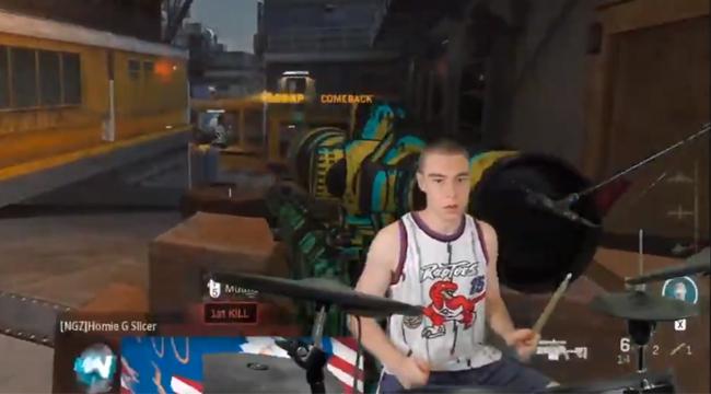 Call of Duty: Streamer quẩy tưng bừng, headshot đối phương bằng… dàn trống
