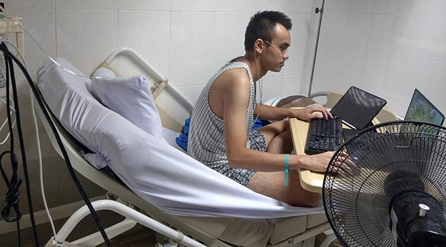 Game thủ chiến rank Dota 2 trên giường bệnh để… thư giãn trước phẫu thuật