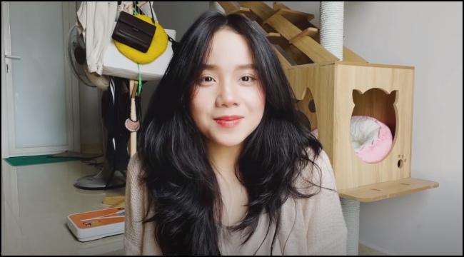 """MC Kim Sa chia tay VCS, chia sẻ về việc chụp """"ảnh nóng"""" trong quá khứ"""