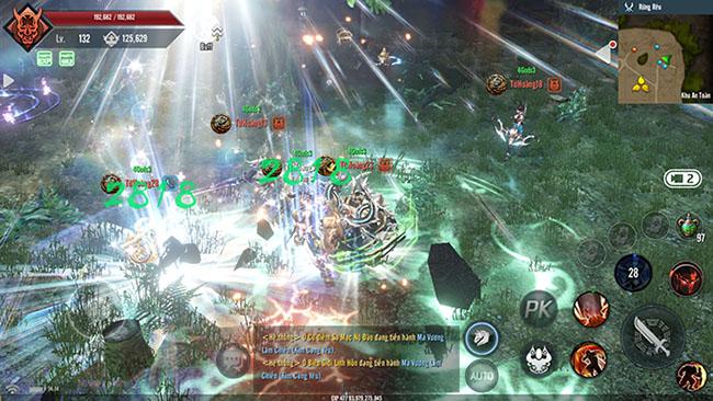 Tứ Hoàng Mobile – nhập vai chuyên sâu, tự do PK toàn bản đồ
