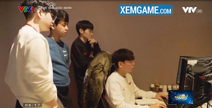 """LMHT: VTV1 đưa tin về T1, gọi Faker là """"siêu sao, đại diện hàng đầu"""" của  Hàn Quốc"""
