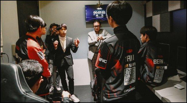 LMHT: Ngài Ren khoe SGB đấu tập cùng DRX, sẵn sàng mời luôn RNG