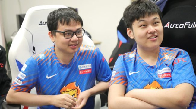 """Fan Trung Quốc đau đầu vì """"đỗ thánh"""" SofM, xôn xao thông tin RNG nợ lương"""